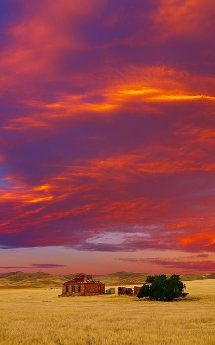 Burra, South Australia (copyright Ilya Genkin)