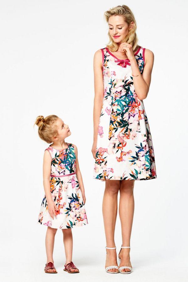 Stijlvolle a-lijn jurk met bloemenprint Wit