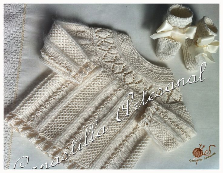 """Baby sweater: """"punto de escama"""", """"punto caracol"""", ruffles. Body worked sideways. Round yoke picked up lengthwise. ~~ Canastilla artesanal"""