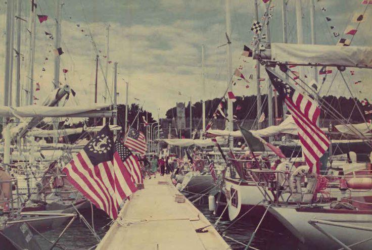 · El Monte Real Club de Yates cumple este martes medio siglo de vida fomentando el turismo náutico internacional y la organización de regatas · Desde su nacimiento, el 24 de marzo de 1965, el club baionés ha protagonizado algunos de los capítulos más importantes de la historia de la vela en España ·…