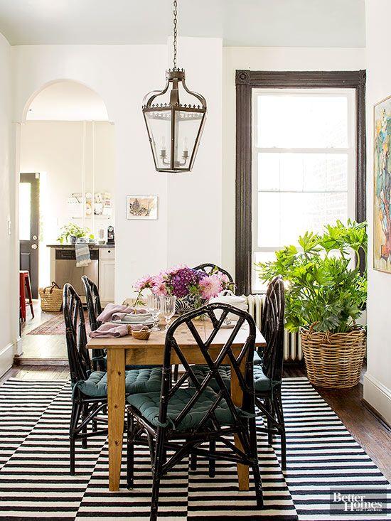 traditional dinner room