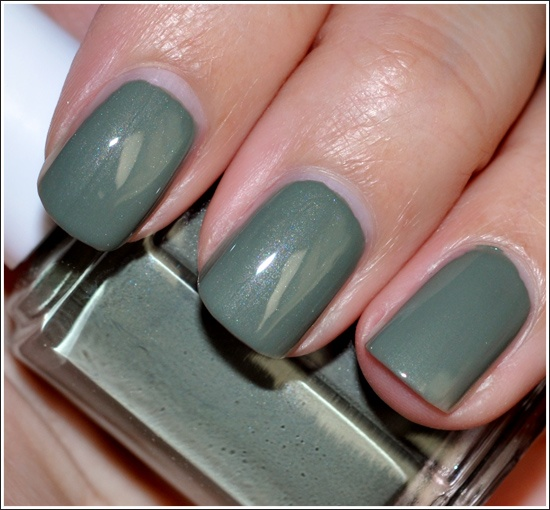 Essie -  Sew Psyched: Essie Sewing Psych, Nails Art, Winter Nails Color, Winter Nail Colors, Essie Sewpsych, 2014 Tunay, Winter Outfit, Nails Beautiful, Nails Polish