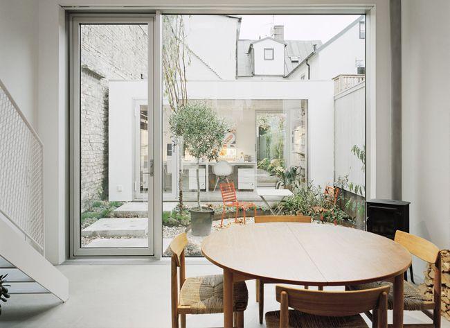 Share Design Swedish Townhouse 15