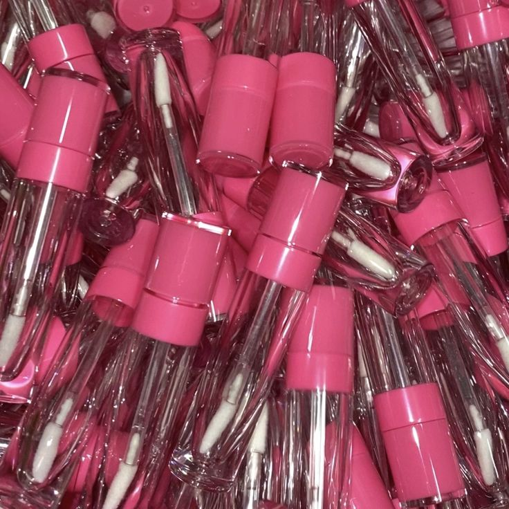 Mocha P Beauty in 2020 Lip gloss tubes, Lip gloss recipe