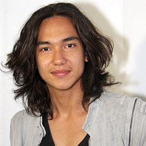 Biodata Adipati Dolken Perahu Kertas – Celebrity biography – Hai Guys Biography Celebrity, back again in Biodata Adipati Dolken Perahu Kertas – Celebrity biography , I will give you what you're looking for with all my love of writing this article Bio : Biodata Adipati Dolken Perahu Kertas – Celebrity biography see also Film layar …