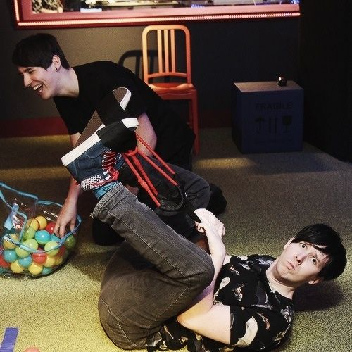 In laughed really hard at this video! Danisnotonfire and Amazingphil