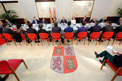 La Lanzadera Financiera de Castilla y León ha permitido invertir 1.026,4 millones de euros y crear o mantener 66.173 empleos http://www.revcyl.com/web/index.php/economia/item/8933-la-lanzadera-financie