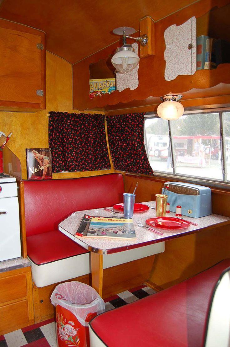 1956 shasta trailer interio jpg 1000 1504