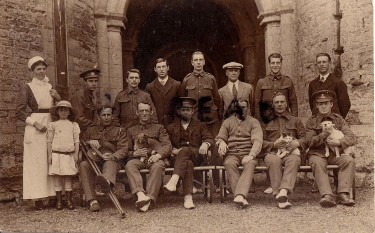 WW1 wounded soldier Group with Nurse Cat Dog Lancashire Fusiliers | eBay