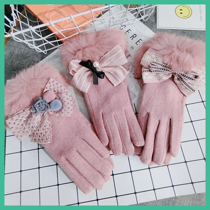 Touch Screen 2017 Warm Winter Female Gloves Wool Wrist Gloves Women Fur Gloves Pink Mittens Girl Gifts