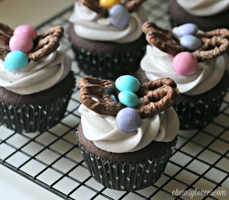 purple-velvet-cupcakes-butterflies