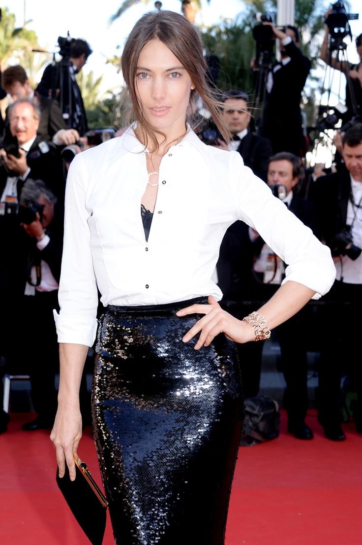Top Model Jessica Miller wearing Montblanc 4810 pendant along with Montblanc Princesse Grace de Monaco Pétales Entrelacés motif bracelets at Cannes Film Festival 2013.