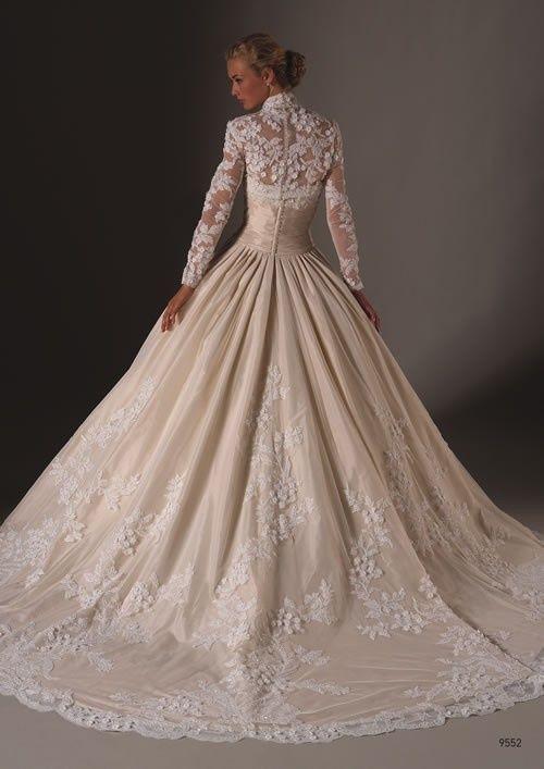 Best 20 old fashioned wedding dresses ideas on pinterest for Vintage wedding dresses perth