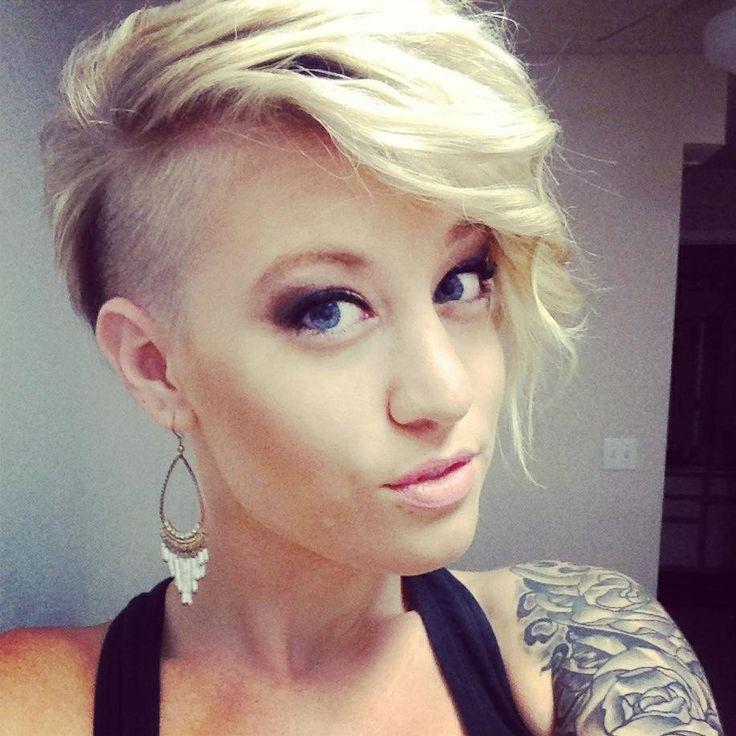Edgy hair, undercut, short hair, blonde, bleach blonde @ http://seduhairstylestips.com