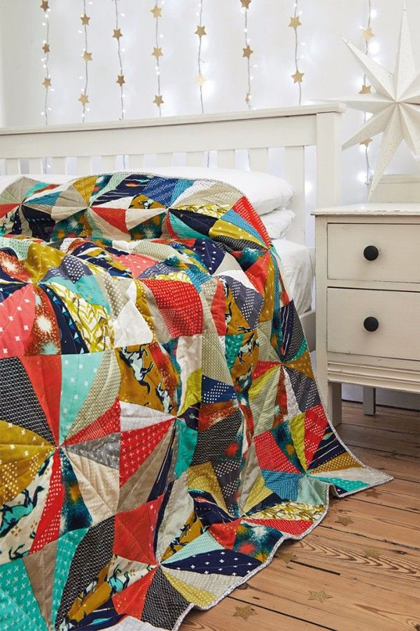 sparkle and fizz windmills quilt by karen lewis for issue 15 of love patchwork u0026 quilting magazine