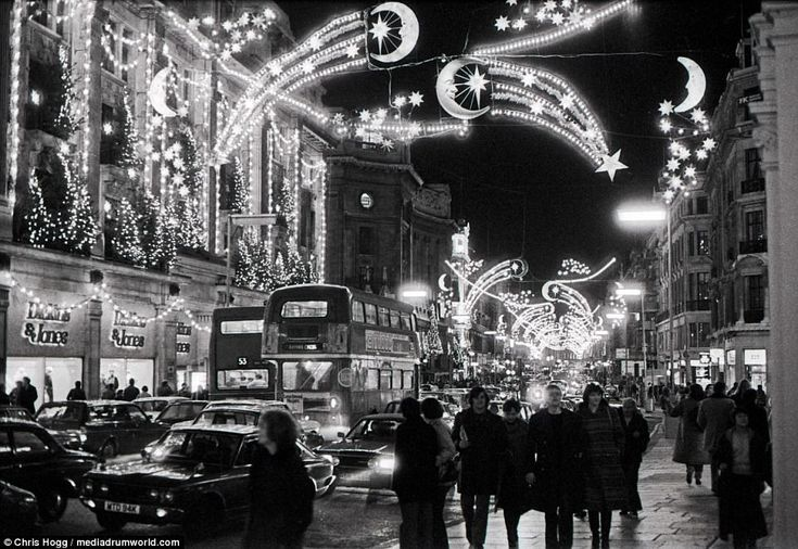 In the winter of 1980, Regent Street in central London was packed with tourists and Londoners and was kitted out with extravagant Christmas lights. The famous street is almost one-mile long and was completed in 1825. It is home to a number of well-known shops and the toy store Hamleys is located there