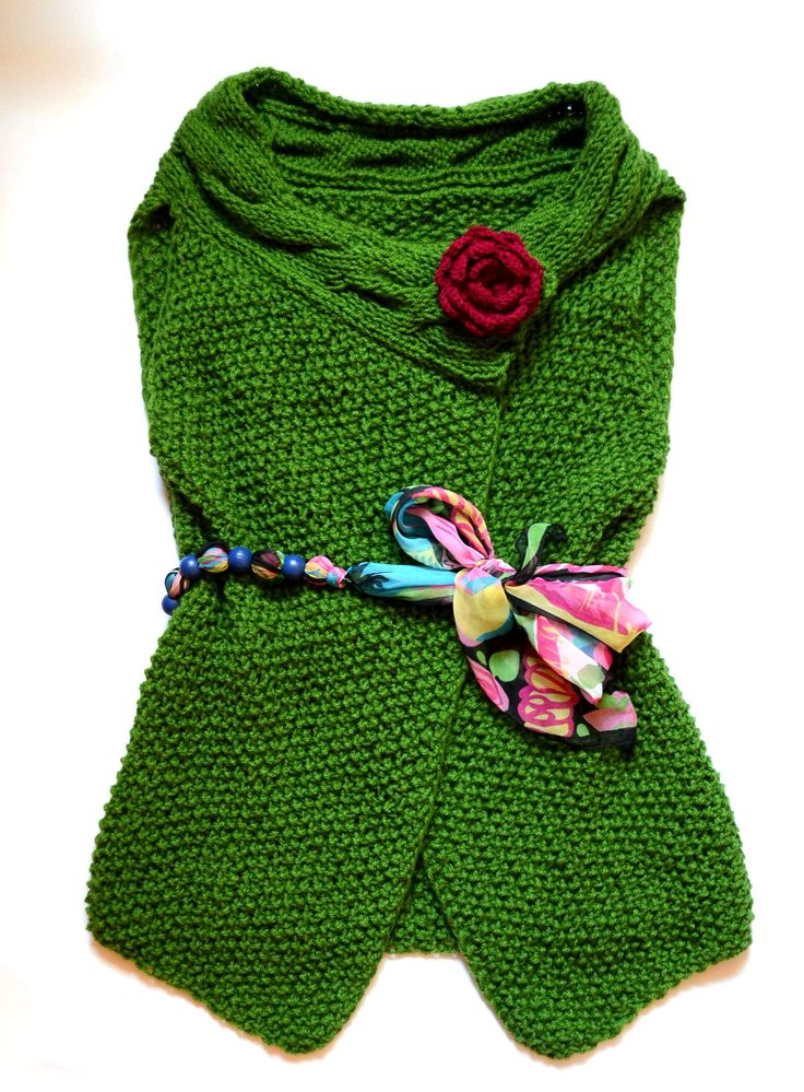 Vesta tricotata de dama (140 LEI la giulia.stroe.breslo.ro)