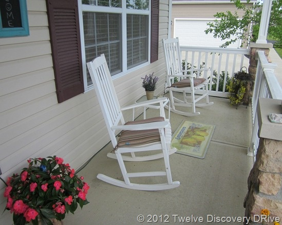 1000+ ideas about White Rocking Chairs on Pinterest  Rocking chairs ...