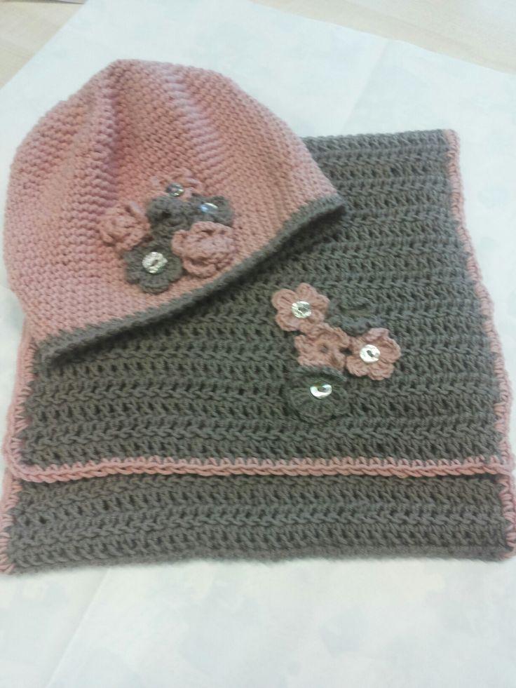 Berrettino e sciarpa | Uncinetto maglia, Berrettini, Sciarpe