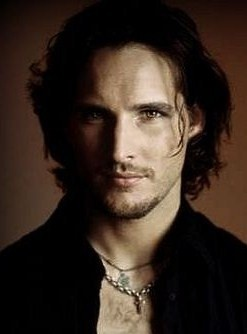 Peter Facinelli Loved Him With Long Hair And Goatee