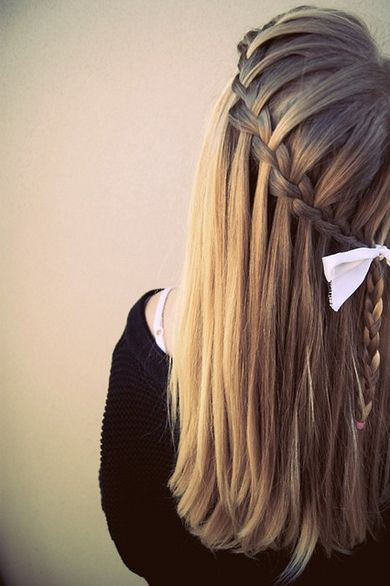Waterfall braid done perfectly.