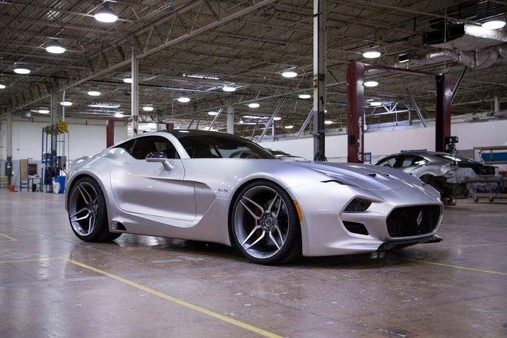 Salon de Detroit : Henrik Fisker dévoile sa supercar à moteur V10