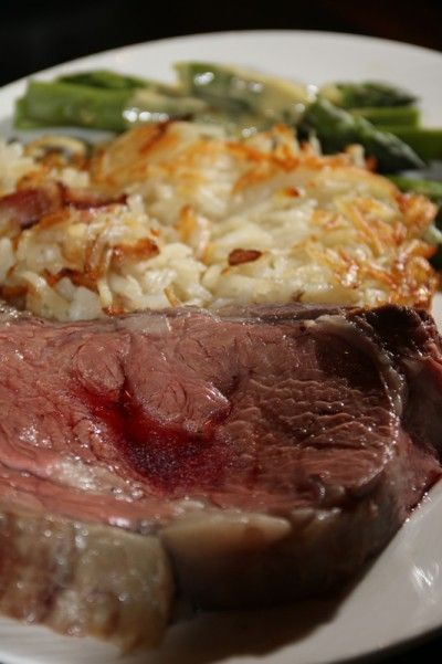 Garlic Prime Rib Recipe for a Special Occasion - my mouth literally watered while reading this recipe and looking at this photo.