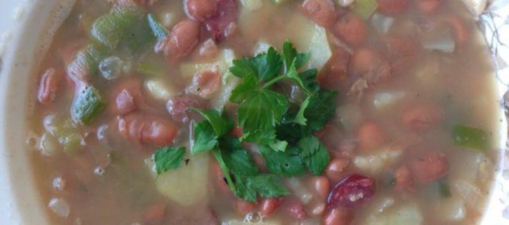 Bruine bonen soep
