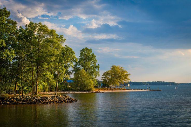 Lake Norman, at Ramsey Creek Park, in Cornelius, North Carolina. | Mounted Photo Print, Stretched Canvas, Metal Print Home Decor Wall Art.
