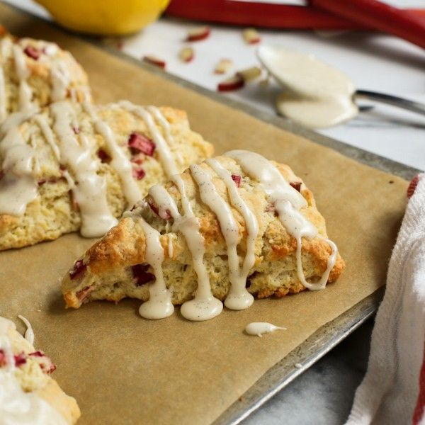 Lemon Rhubarb Scones with Vanilla Bean Glaze