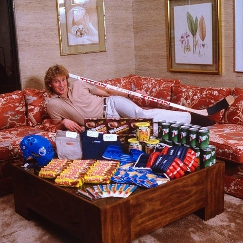 Wayne Gretzky with his endorsement deals in the early-1980s | Edmonton Oilers | NHL | Hockey