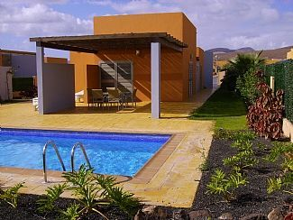 4 bedroom villa near golf in Caleta de Fuste (El Castillo) - 8064415