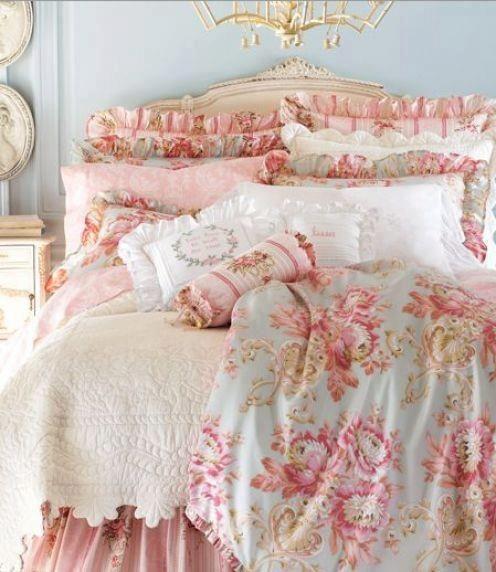 Pink antique bedroom Love this look