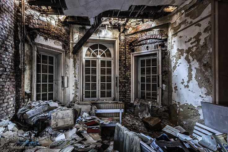 Villa Beemwee,Villa BMW,Chateau Beemwee,urbex,belgië,urbexlocaties,verlaten,kastelen