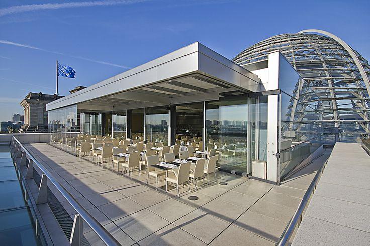 Dachgartenrestaurant Käfer direkt neben der Glaskuppel des Reichstages mit einmaliger Aussicht über Berlin-Ost
