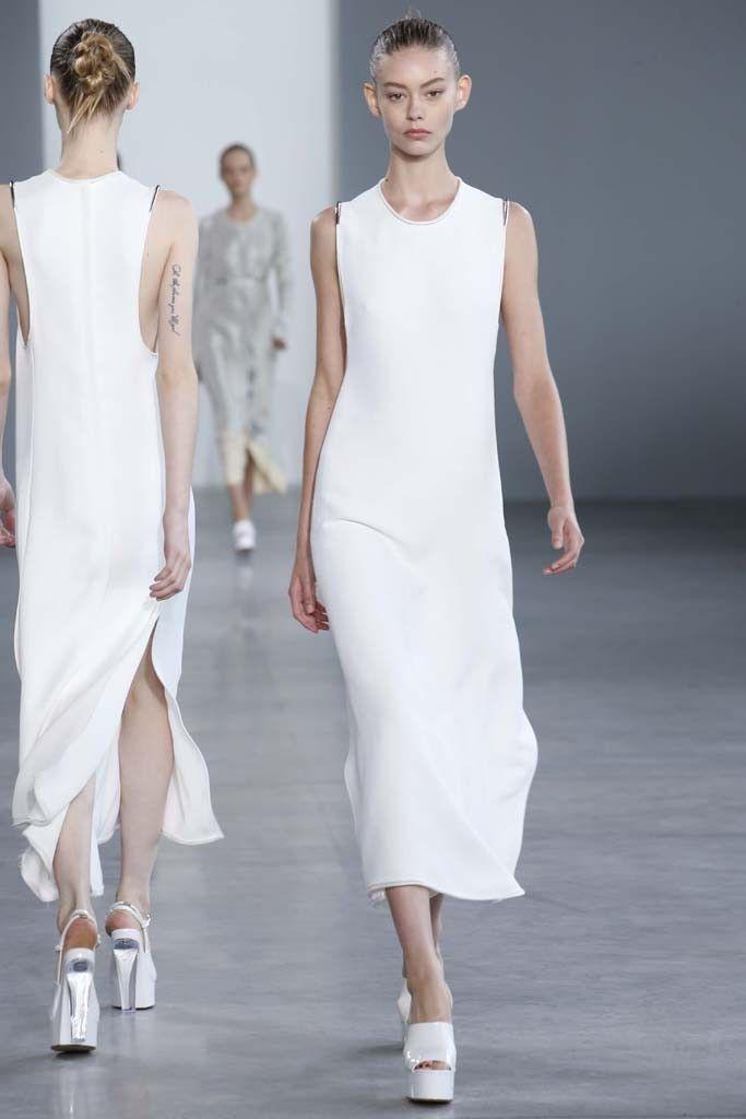 Calvin Klein Collection RTW Spring 2015 - Slideshow