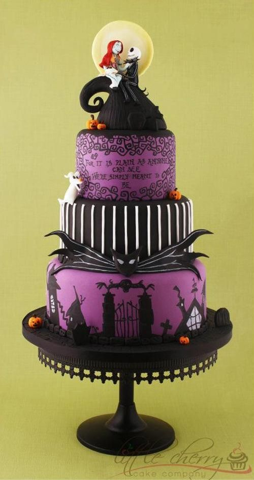 Peinte à la main Nightmare Before Christmas Cake Wedding Violon ♥ Tim Burton Tiered Wedding Cake Fondant Violet Halloween