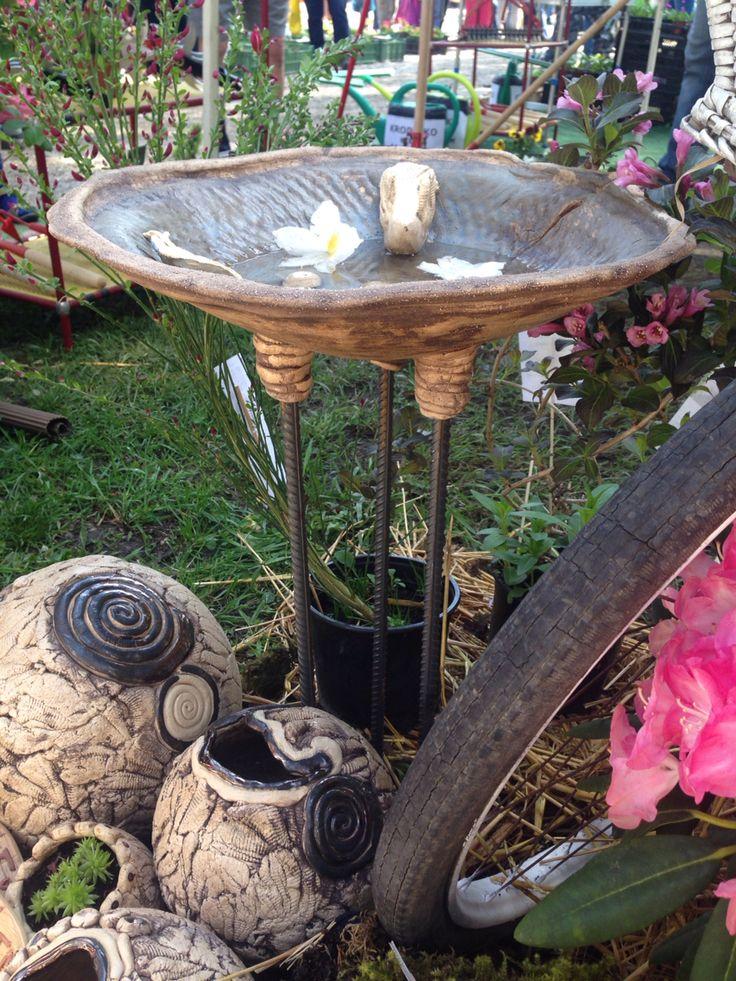 Keramika Pítko pro ptáčky -Růže