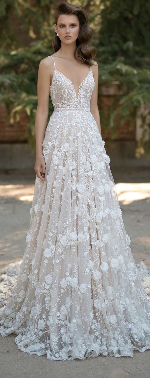 724 besten WEDDING DRESSES Bilder auf Pinterest