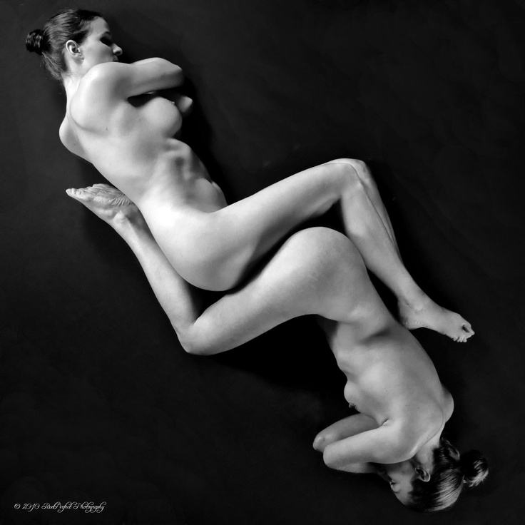 Two female naked models — img 7