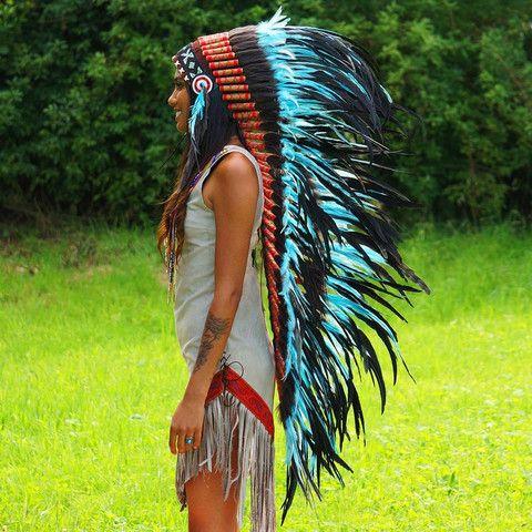 Turquoise colored war bonnet - Indian Headdress - 119.- USD from Novum Crafts