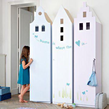 trofast ikea hacked Placards en forme de maisons pastel pour une chambre d'enfant