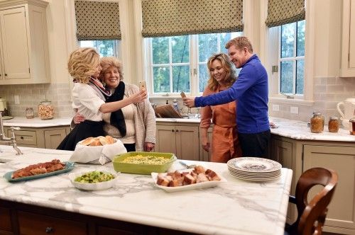 CHRISLEY KNOWS BEST Preview: Todd Chrisley Is In Way Better Shape Than Chase (VIDEO) | TVRuckus
