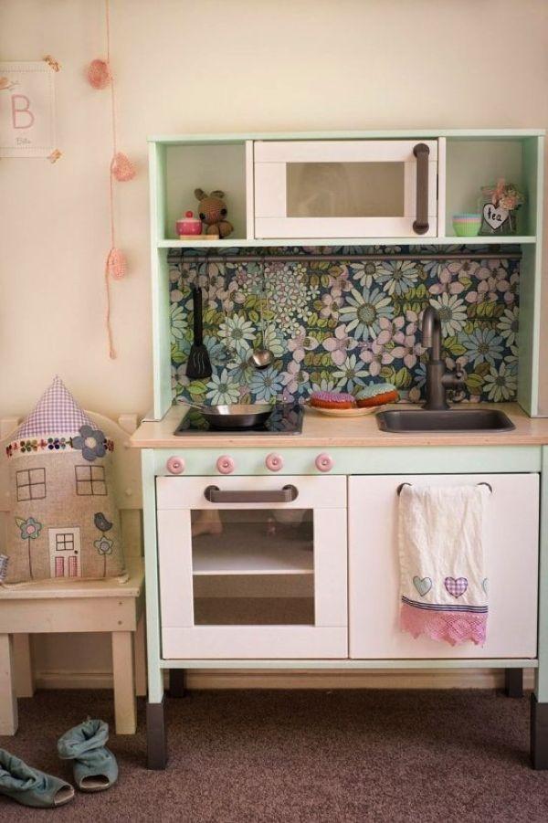 大人も遊びたくなる!IKEAのおままごとキッチンを本気でリメイクするとこうなる