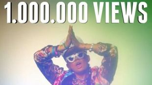 One million viewer of Coke bottle video from Agnes Mo