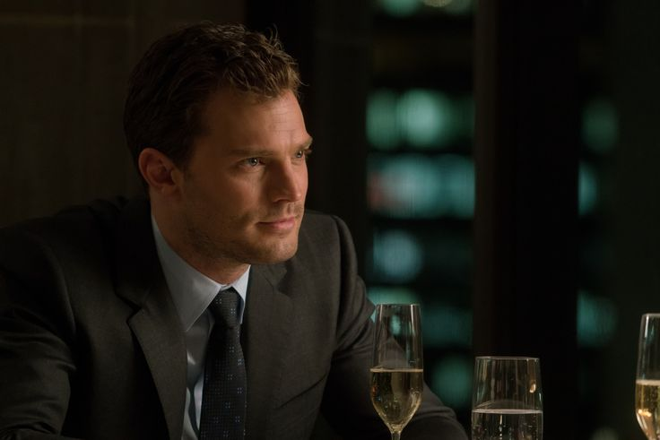 New Official Fifty Shades Darker stills! Jamie Dornan Dakota Johnson