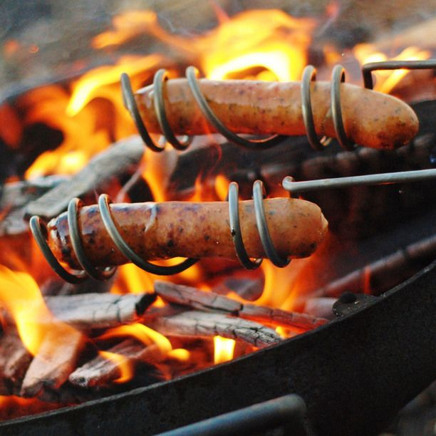 Hot Dog Roaster...  So you don't have to grab a stick or try to cook it over the stove... #Camping #Food