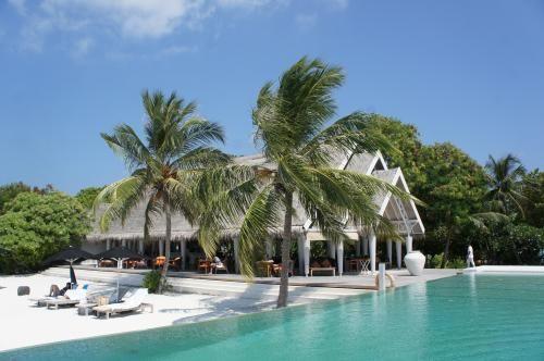 憧れの水上コテージで過ごすモルディブハネムーン旅行記⑦強風でシュノーケリングツアー欠航、ビーチBBQディナーもイマイチだった1日 (アリ環礁)