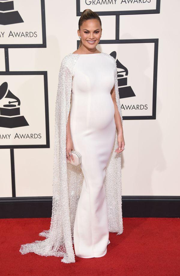 Elegancia a noblesa na každom kroku: Toto sú najkrajšie róby z Grammy 2016 | Diva.sk