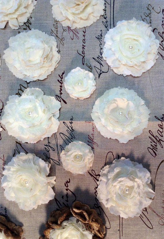Rustieke handgemaakte bloemen meet ongeveer 3 inch in diameter en 1 inch in hoogte. Geschikt voor vele projecten van dagboek versiering tot baby